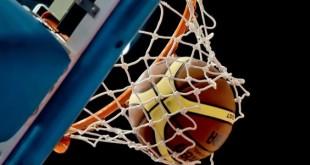 Basket e piscina per la Vacanza Sportiva 2016