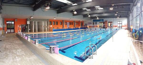 piscina carmagnola