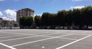 A nuovo la segnaletica orizzontale in piazza Mazzini