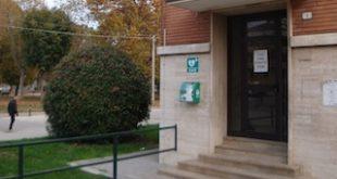 CRI defibrillatori Scuole Elementari via Ton_1