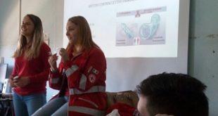 Volontari CRI in classe per parlare di Salute e prevenzione