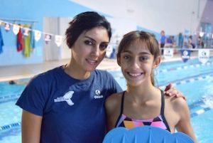 nuoto allenatrice Fatem e Valentina Crivello agli allenamenti