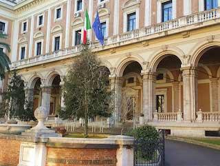 La sede del Ministero Infrastrutture e Trasporti a Roma bretella variante est Carmagnola