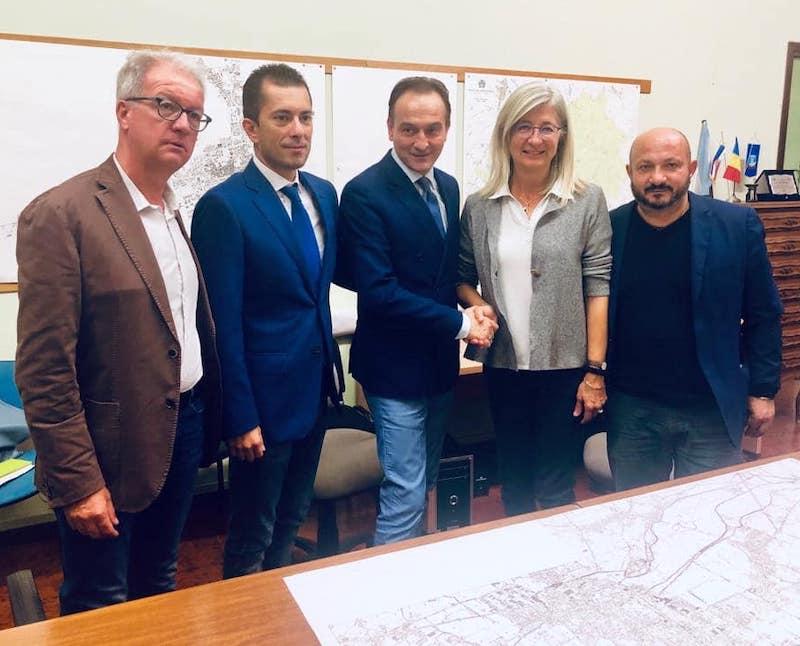 Cirio e Gabusi con il sindaco Gaveglio e gli assessori Cammarata e Surra
