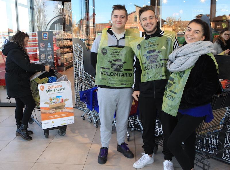 Volontari Colletta Alimentare 2019 a Carmagnola