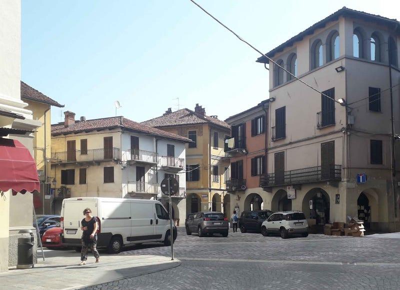 Riqualificazione piazza Garavella