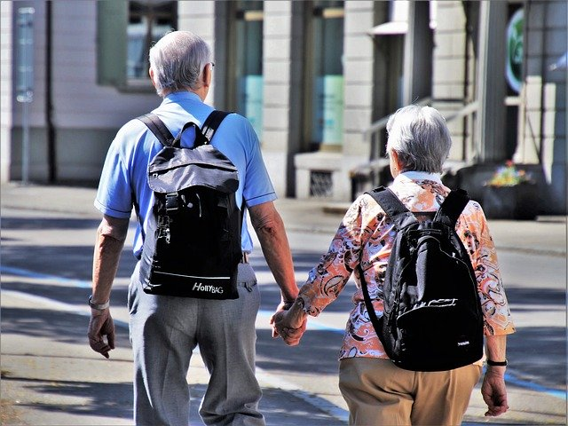 servizio di trasporto anziani a Villastellone