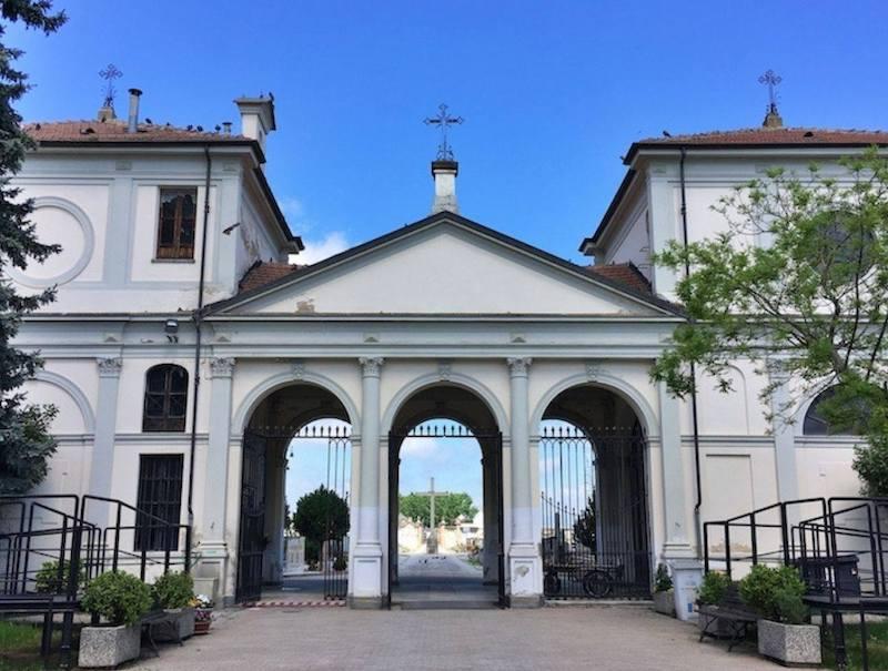 cimitero carmagnola messe 1 novembre