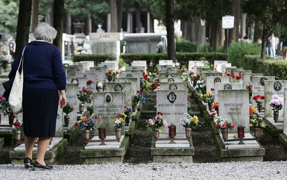 navetta cimitero carignano