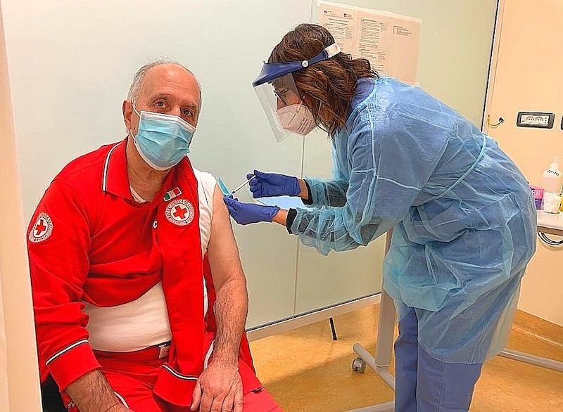 covid vaccinazioni volontari del soccorso Cri carignano carmagnola